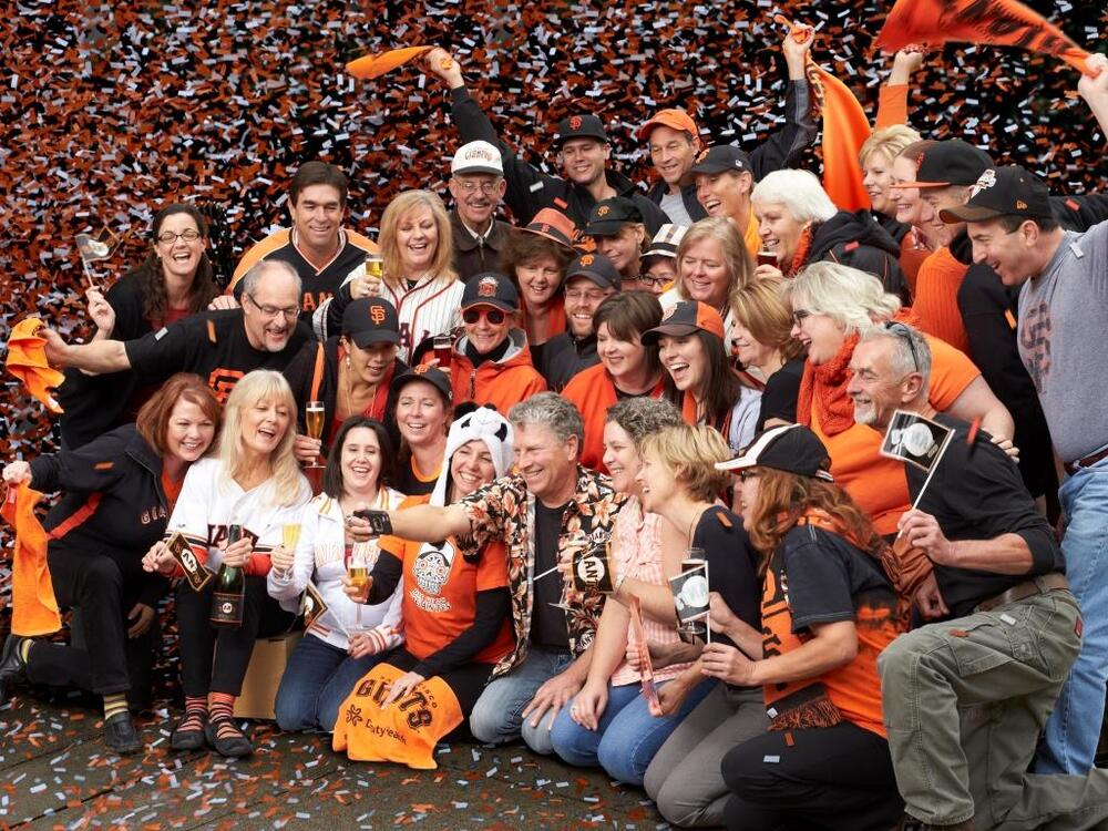 2014: have your #selfie a merry little holiday! #celebratetheseason #gogiants
